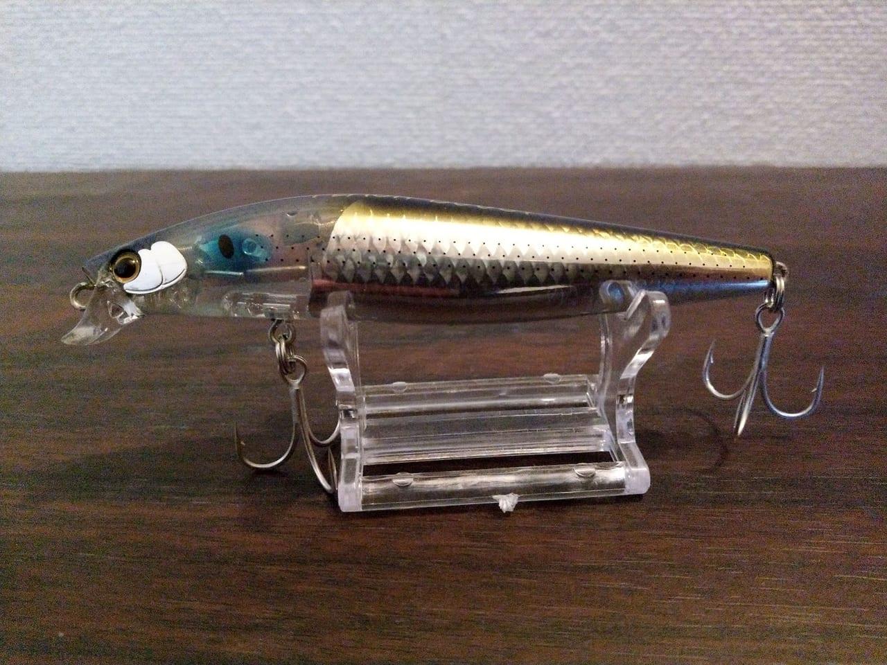 釣り人の方が釣られている?シマノの新機構搭載の「エクスセンス シャローアサシン99F フラッシュブースト」のインプレ