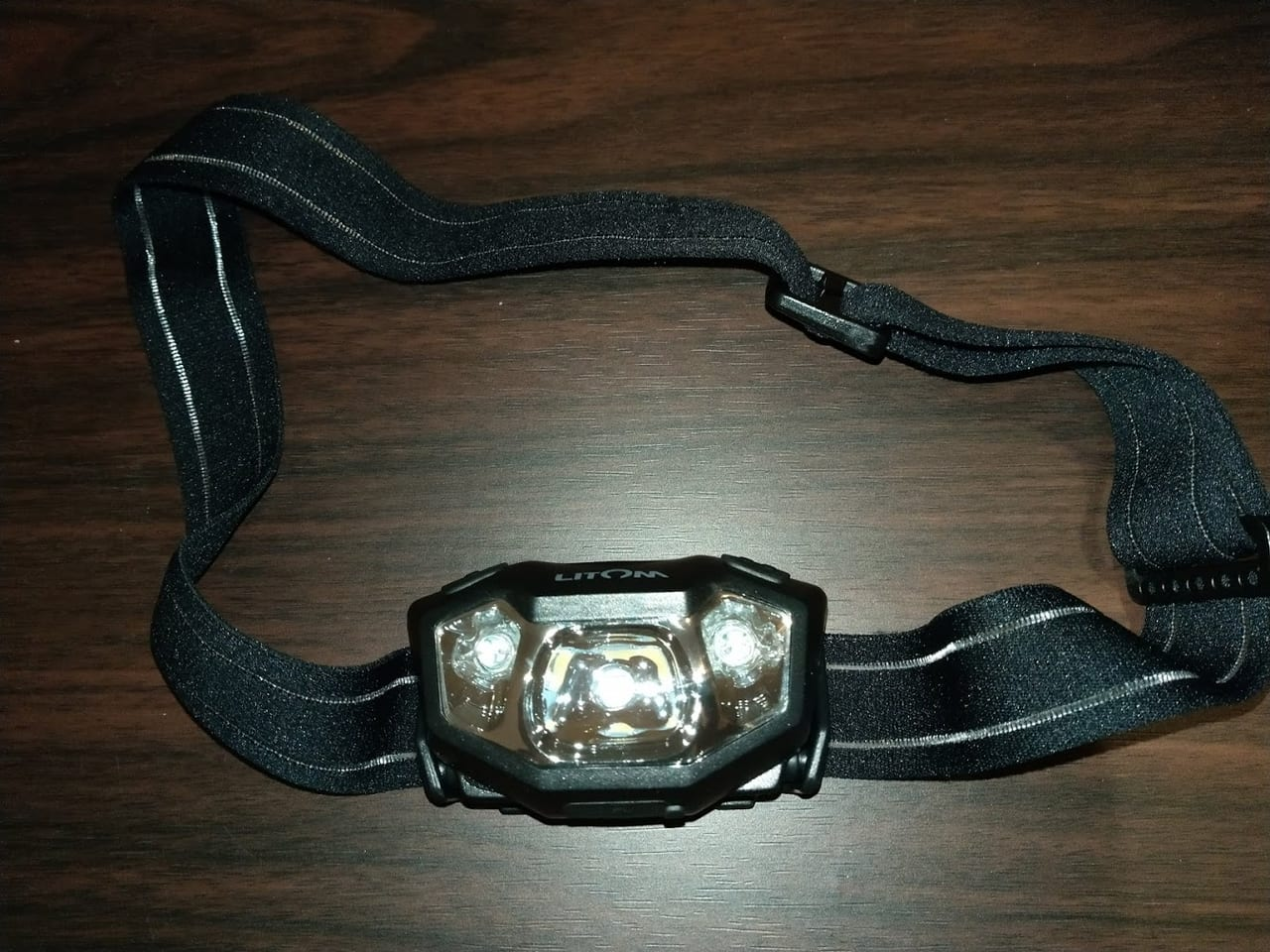 釣り用ヘッドライトを新調!Amazonで激安なのに防水の「Litom」かなりオススメ。